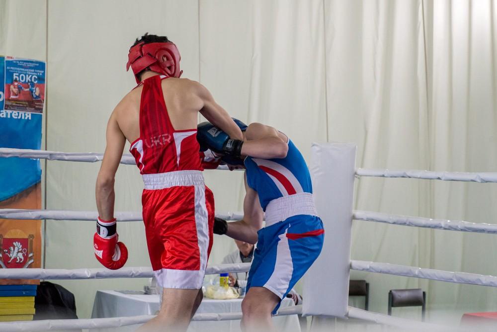Если вы хотите заняться боксом, овладеть защитными навыками, укрепить свой организм, приобрести психологическую устойчивость и уверенность в себе и при этом тренироваться на профессиональном уровне, приходите к нам!
